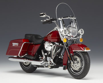 2009 H-D® FLHRC Road King®Classic Red Hot Sunglo