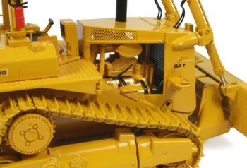 CAT D10 Track-Type Tractor w/ push blade-4
