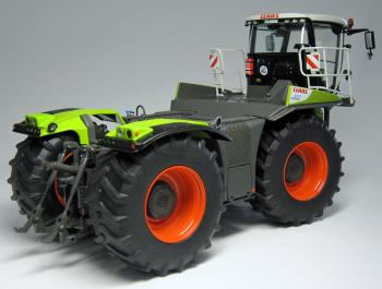 CLAAS XERION 4000 SADDLE TRAC (2014 - ) -1