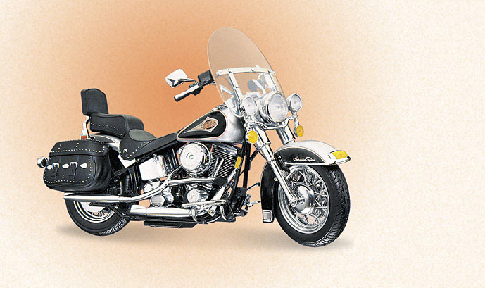 Harley-Davidson Softail Classic Silver