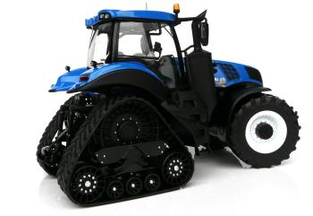 New Holland T8.435 Blue on SmartTrax