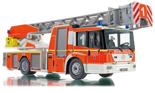 Turntable ladder L32 (MB Econic) fire truck